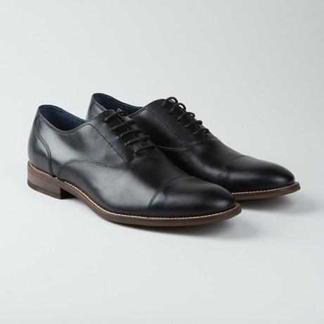 Branson Cap-Toe Oxford // Black