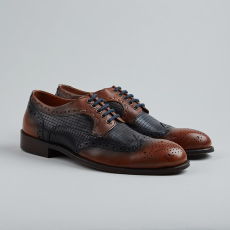 Vail You Textured Wing-Tip Derby // Tan + Blue