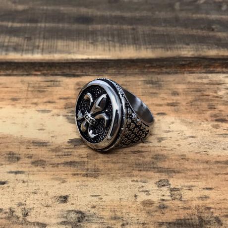Fleur De Lis Round Signet Ring // Silver + Ring