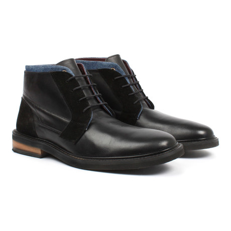 Lace-Up Boot // Black (US: 6)