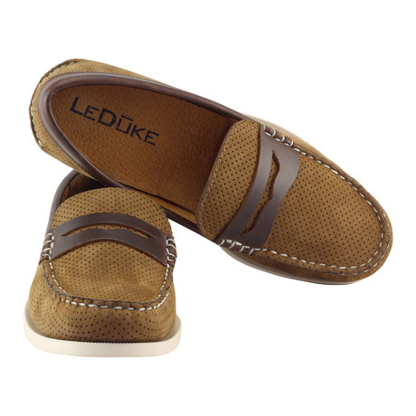 Penny Loafer Camino // Brown (US: 7)