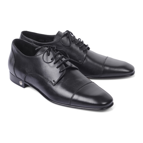 Cap Toe Lace-Up Derby // Black