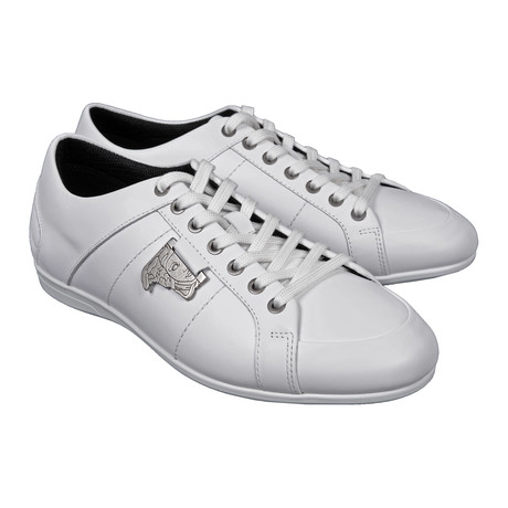 Silver Medusa Embellished Lace-Up Sneaker // White (Euro: 39)