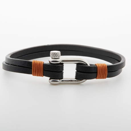 """Leather Strap """"D"""" Closure Bracelet // Black"""