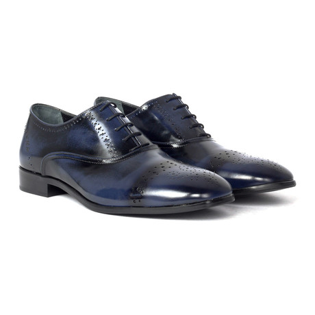 Perforated Toe Brogue Oxford // Navy Blue
