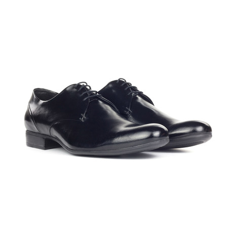 Shiny Plain Toe Derby // Black