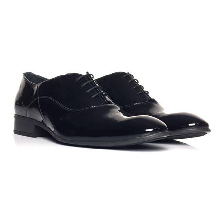 Patent Lace-Up Oxford // Black
