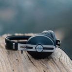 HD1 Over Ear Headphones 2 // Black (Apple)