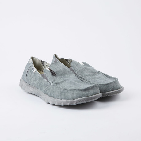 Farly Loafer // Ferro (US: 7)