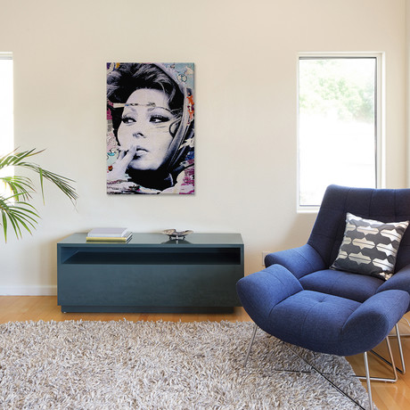 "Sophia Loren Is Smoking Hot (18""W x 12""H x 0.75""D)"