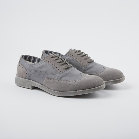 Vinci Wing-Tip Oxford // Carbon (US: 7)