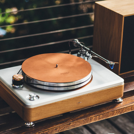 Runwell Turntable // Rose Gold