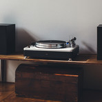 Runwell Turntable // Black + Silver
