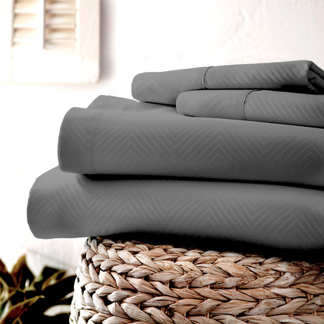 Urban Loft™ Luxury Soft Chevron Bed Sheets // 4 Piece Set // Gray (California King)