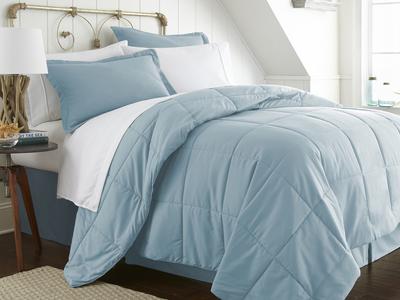 "iEnjoy Luxurious Microfiber Bedding Urban Loftâ""¢ Premium Bed In A Bag // 8 Piece Set // Aqua (Twin) by Touch Of Modern - Denver Outlet"