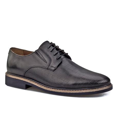 Woven Plain Toe Derby // Black