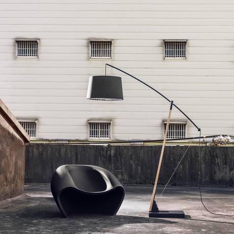 Archer Floor Lamp (Mega)