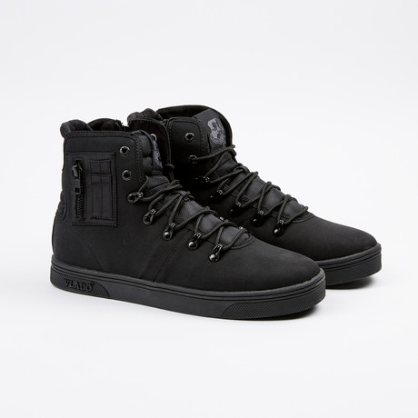Maximus II // Black (US: 7)