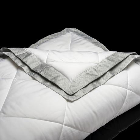 Performance Blanket + 37.5 Technology // White