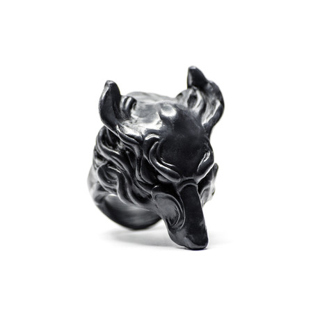 Black Wolf Ring (Size: 5)