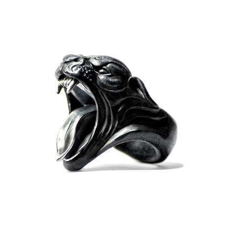 Black Panther Ring (Size: 5)
