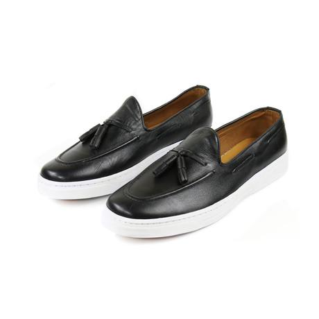 Noche Tassel Sneakers // Black