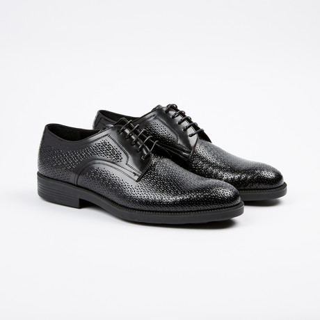 Textured Plain Toe Derby // Black (US: 7)