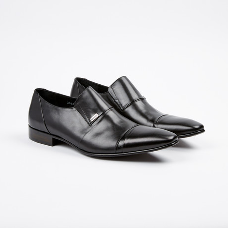 Leather Loafer // Black (US: 7)