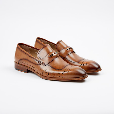 Medallion Penny Loafer // Tan (US: 7)
