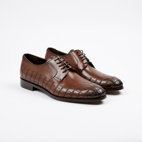 Croc Wing-Tip Derby // Brown (US: 7)