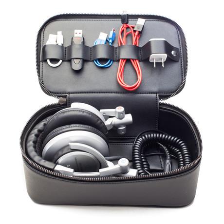 Tech Dopp Kit