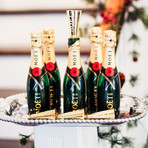 Moet & Chandon Imperial Brut Champagne + Sipper // Pack of 6