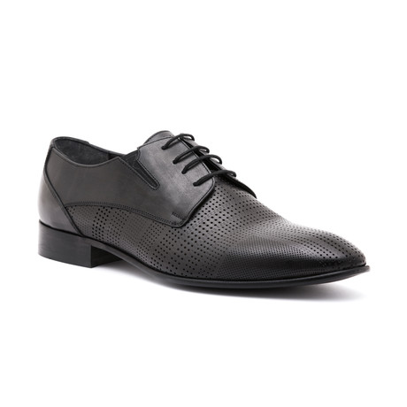 Perforated Derby // Black
