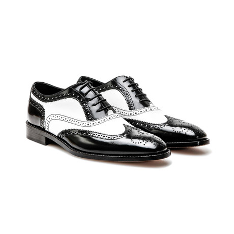 Fred Oxford Wing Brogue // Black + White (Euro: 40)