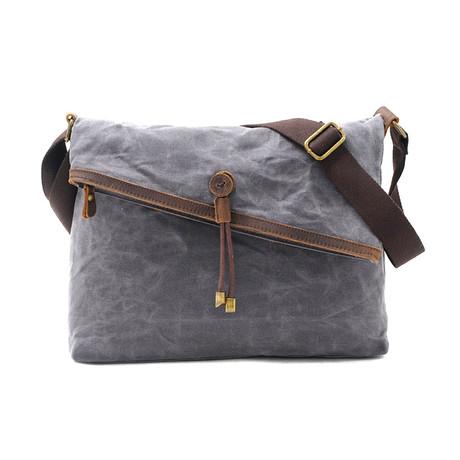 No. 738 Canvas Messenger Bag (Khaki)
