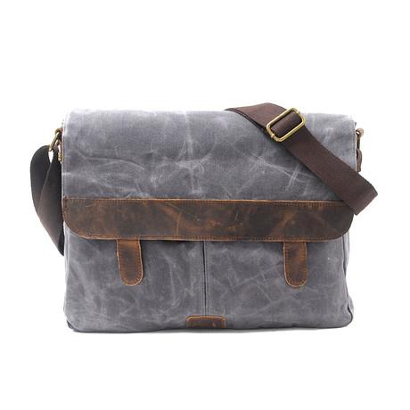 No. 739 Canvas Messenger Bag (Khaki)