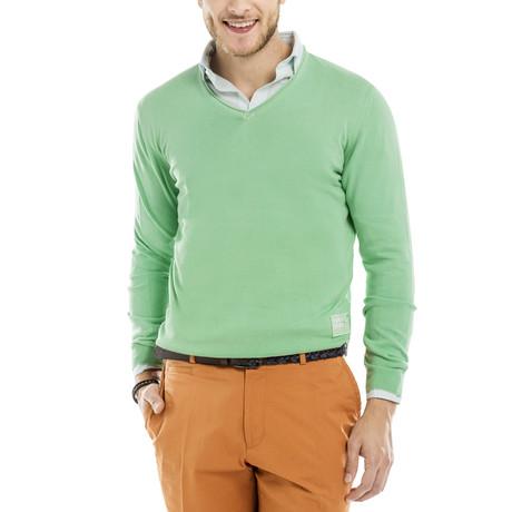 Cuba Garment Dyed V-Neck Pullover // Light Green