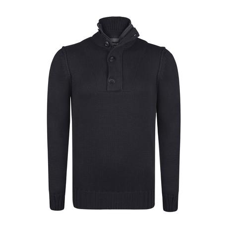 Troyar Pullover // Black