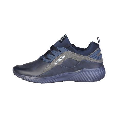 Jari Low-Top Sneaker // Navy