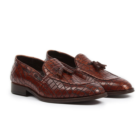 Crocodile Design Slip-On // Brown