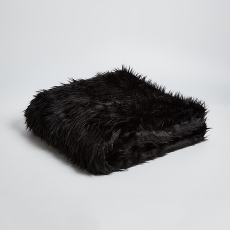 Lynx Black Throw