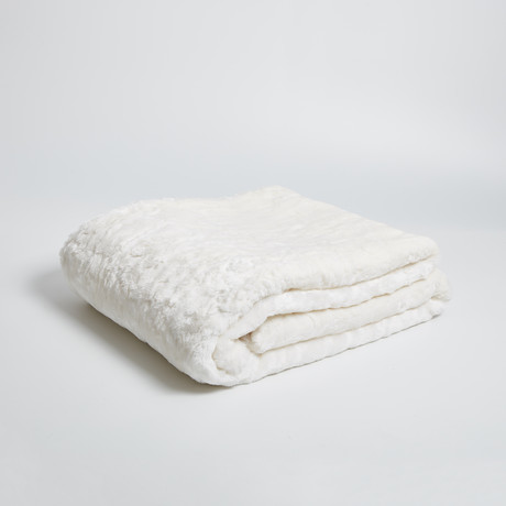 Rabbit Snow Throw