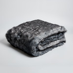 Wolf Gray Black Throw