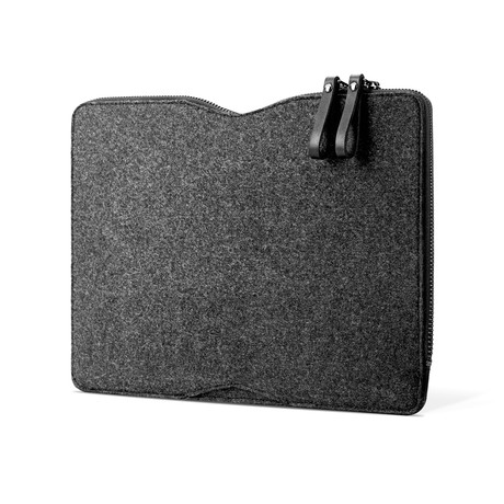 Carry-On Folio Sleeve // 12