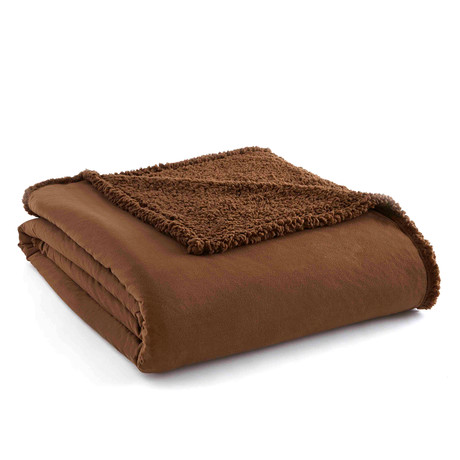 Micro Flannel Reversing Sherpa Blanket // Chocolate (Twin)