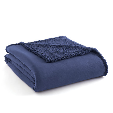 Micro Flannel Reversing Sherpa Blanket // Smokey Mountain Blue (Twin)