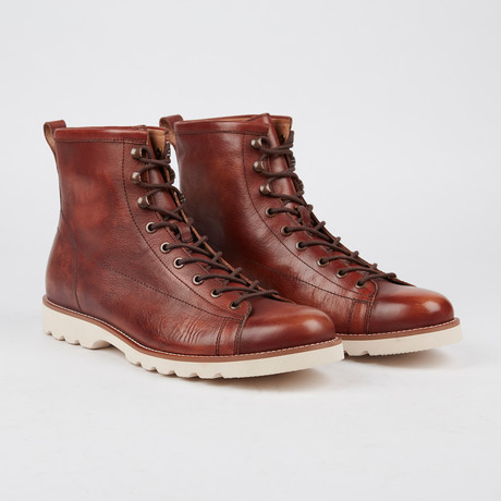 Barton Lace-Up Boot // Brown