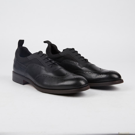 Lawrence Wing-Tip Shoe // Black (US: 7)
