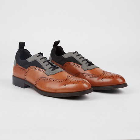 Lawrence Wing-Tip Shoe // Tan