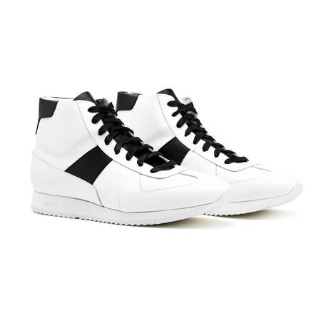 Juventas Carnaby Sneakers // White